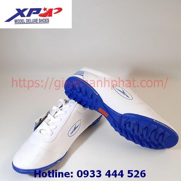 Giày vải đá bóng XP TP11-2 màu trắng đế xanh